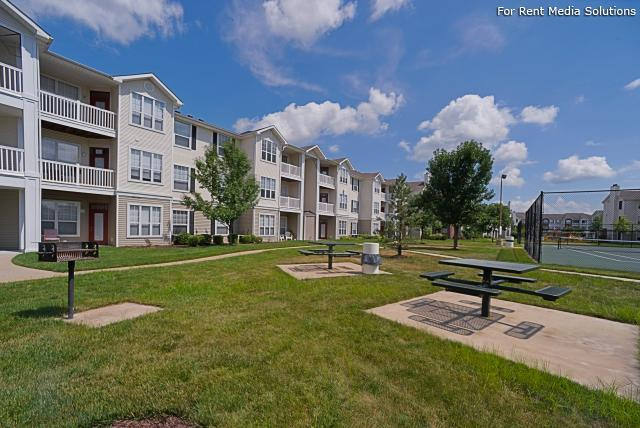 Enclave at Winghaven Luxury Apartment Homes, The, O'fallon, MO, 63368: Photo 2