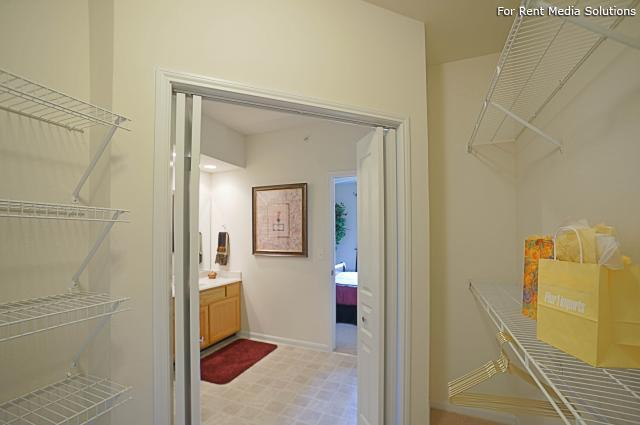 Enclave at Winghaven Luxury Apartment Homes, The, O'fallon, MO, 63368: Photo 6