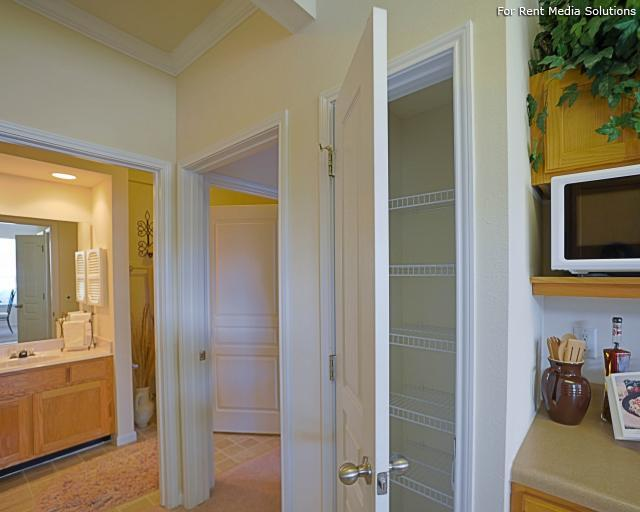 Enclave at Winghaven Luxury Apartment Homes, The, O'fallon, MO, 63368: Photo 7