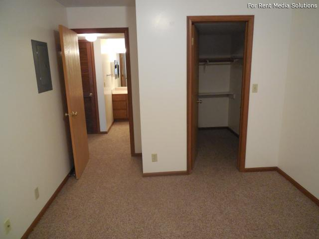 College Park Apartments, Lincoln, NE, 68505: Photo 28