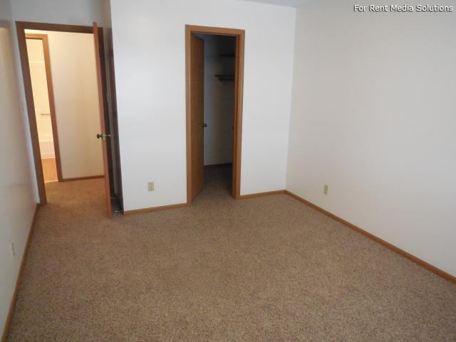 College Park Apartments, Lincoln, NE, 68505: Photo 36