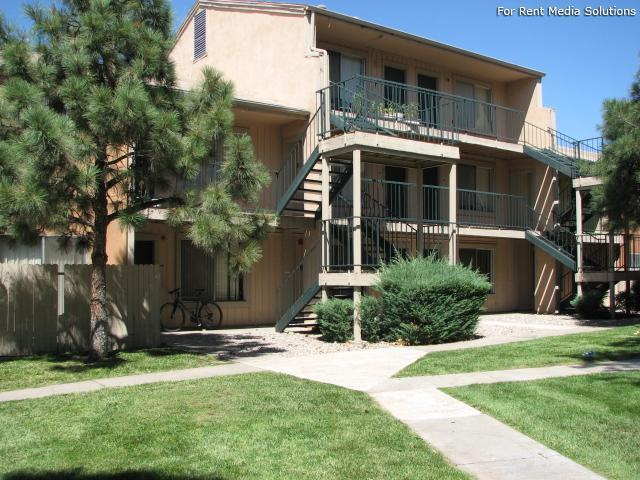 Pinewood Estates, Albuquerque, NM, 87110: Photo 31