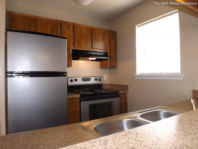 Villas de Sendero, San Antonio, TX, 78250: Photo 2