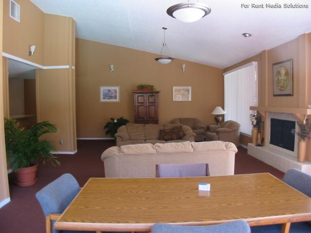 Pinewood Estates, Albuquerque, NM, 87110: Photo 63