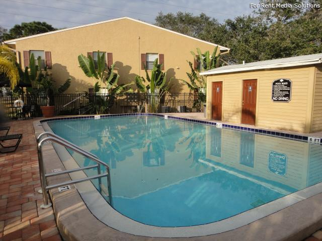 Apartments at Oak Creek, Clearwater, FL, 33760: Photo 2