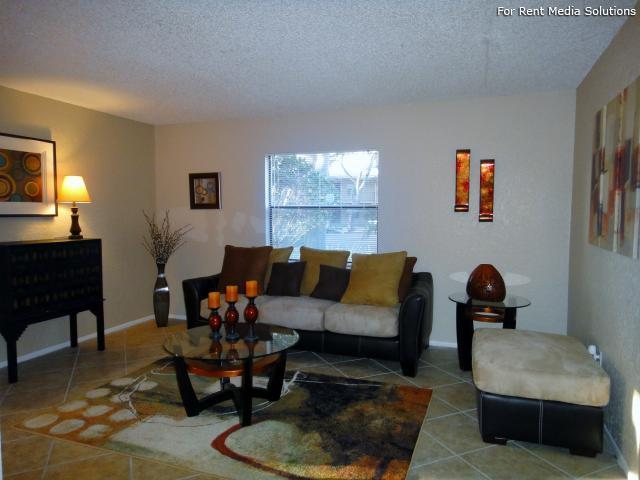 Apartments at Oak Creek, Clearwater, FL, 33760: Photo 5