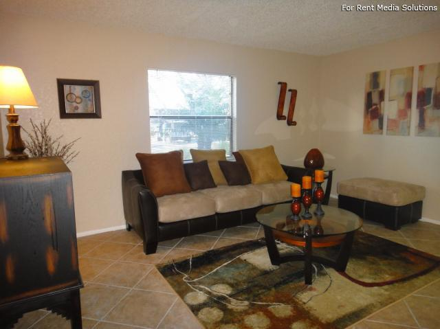 Apartments at Oak Creek, Clearwater, FL, 33760: Photo 6