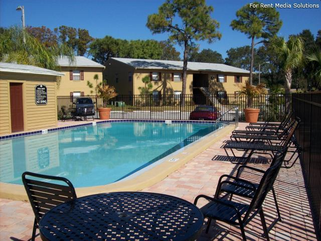 Apartments at Oak Creek, Clearwater, FL, 33760: Photo 12