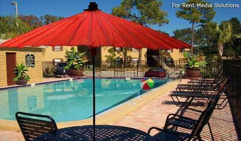 Apartments at Oak Creek, Clearwater, FL, 33760: Photo 15