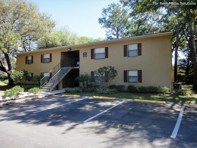 Apartments at Oak Creek, Clearwater, FL, 33760: Photo 16