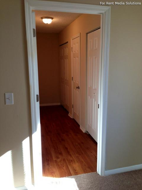 Carriage Place Condominiums, Columbia, SC, 29209: Photo 14