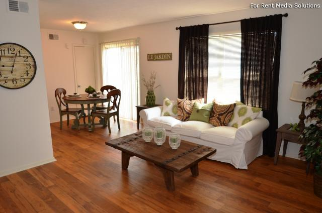 Laurel Park, Riverdale, GA, 30274: Photo 13