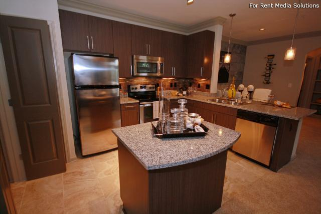 Heights at Old Peachtree, Suwanee, GA, 30024: Photo 15