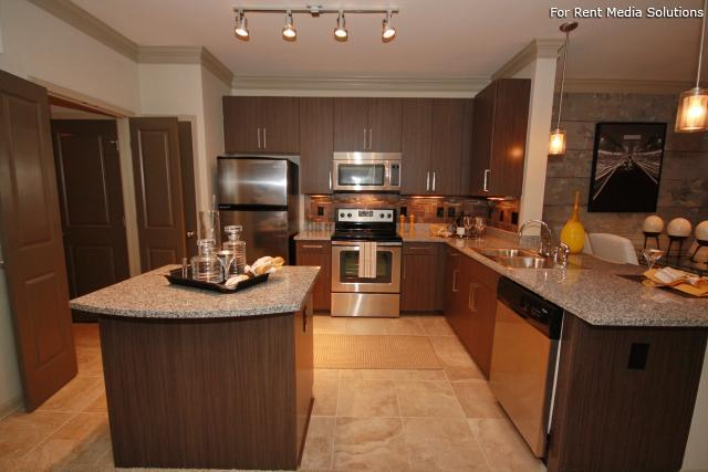Heights at Old Peachtree, Suwanee, GA, 30024: Photo 16