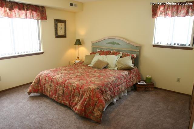 The Reserve at Lake Pointe, Mentor-On-The-Lake, OH, 44060: Photo 10