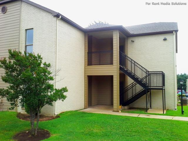 Georgetown Park Apartments, Georgetown, TX, 78628: Photo 3