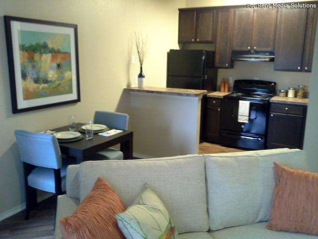 Georgetown Park Apartments, Georgetown, TX, 78628: Photo 6