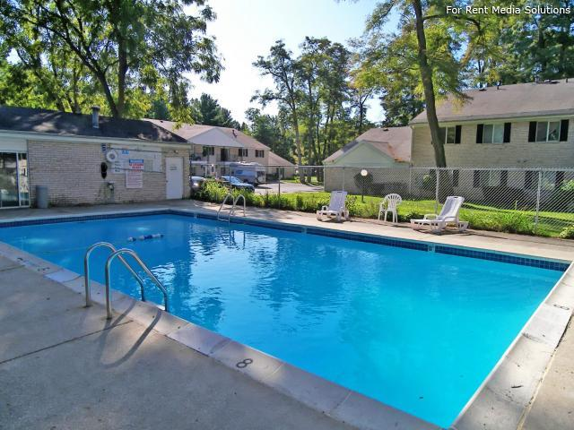 Greenleaf Manor Apartment Homes, Elkhart, IN, 46514: Photo 9