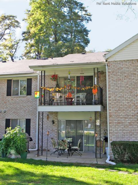 Greenleaf Manor Apartment Homes, Elkhart, IN, 46514: Photo 11