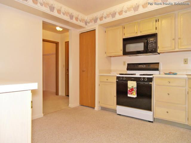 Greenleaf Manor Apartment Homes, Elkhart, IN, 46514: Photo 23