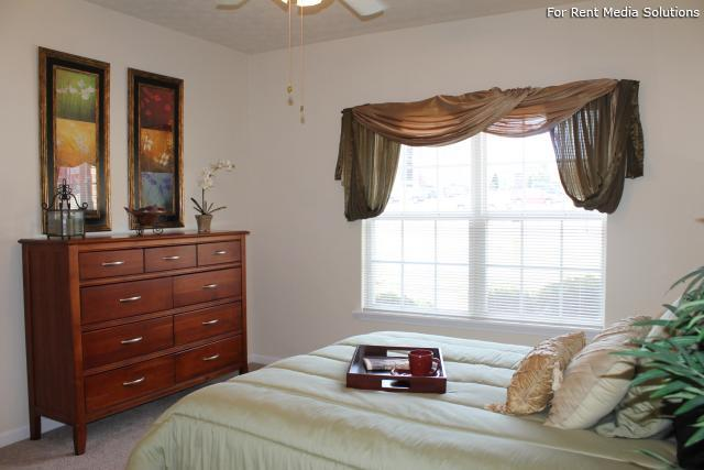 Blankenbaker Crossings, Louisville, KY, 40299: Photo 18