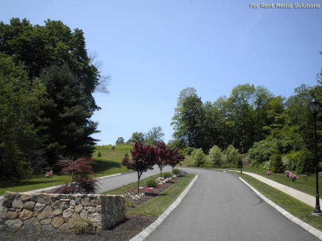 Knoll Crest, Middletown, CT, 06457: Photo 15