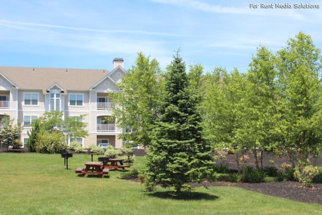 Knoll Crest, Middletown, CT, 06457: Photo 24