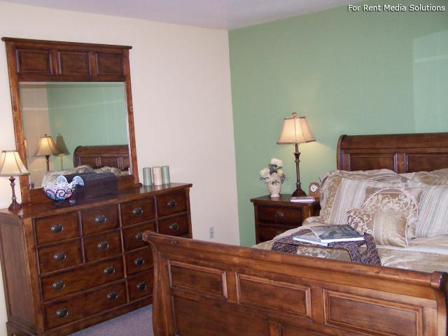 Whispering Pines, Holland, MI, 49424: Photo 8