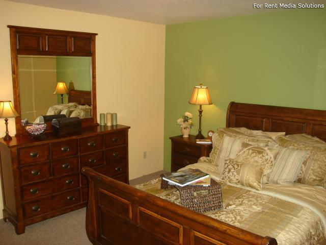 Whispering Pines, Holland, MI, 49424: Photo 9