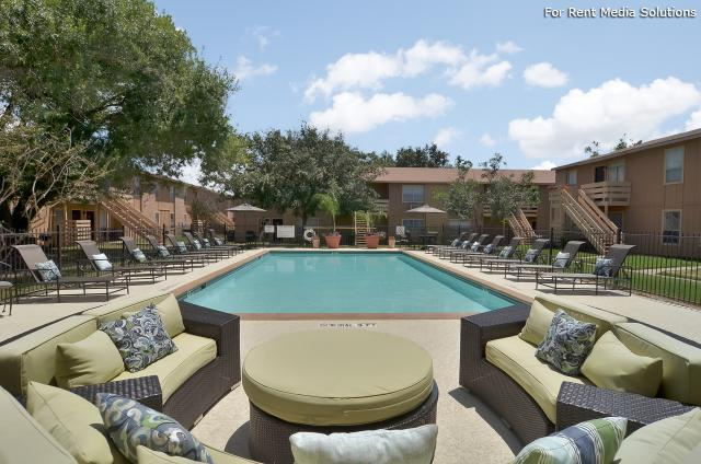 Willowick Apartments, College Station, TX, 77840: Photo 1