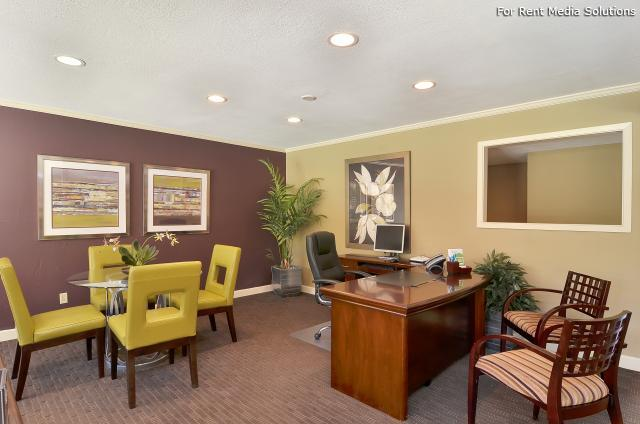 Willowick Apartments, College Station, TX, 77840: Photo 25