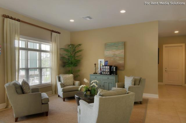 Spring Creek Apartment Homes, Crestview, FL, 32536: Photo 13