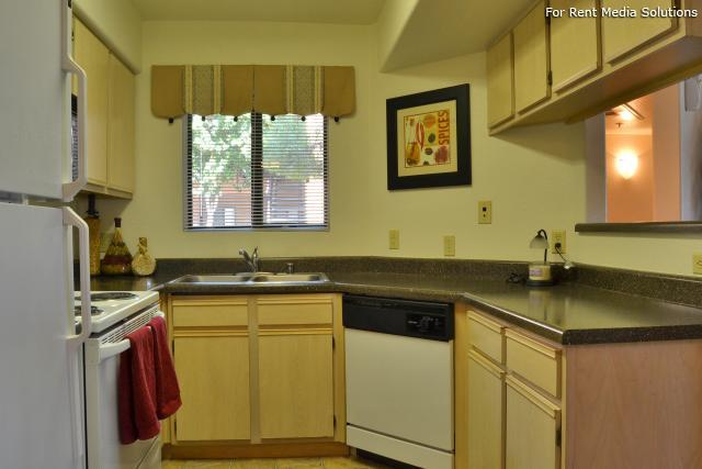 Reserve at Arrowhead, Glendale, AZ, 85308: Photo 10