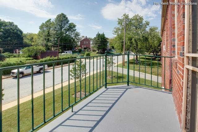 Green Acres Apartments, Baltimore, MD, 21215: Photo 6