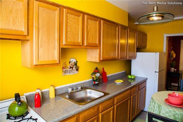 Green Acres Apartments, Baltimore, MD, 21215: Photo 9