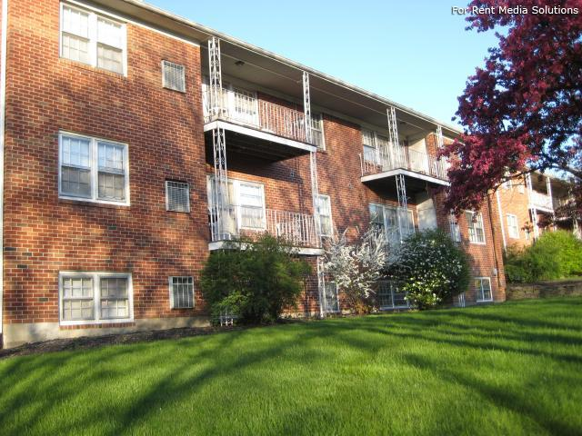 Park Hill and Park Lane Apartment Homes, Menands, NY, 12204: Photo 2