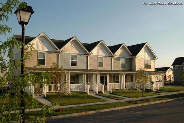 Red Maple Grove, Indianapolis, IN, 46203: Photo 1