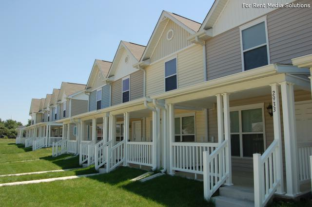 Red Maple Grove, Indianapolis, IN, 46203: Photo 3