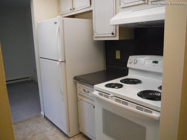 Park Hill and Park Lane Apartment Homes, Menands, NY, 12204: Photo 11
