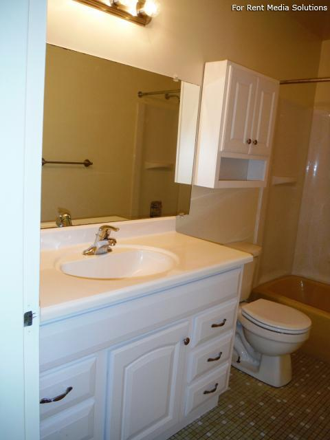 Park Hill and Park Lane Apartment Homes, Menands, NY, 12204: Photo 17