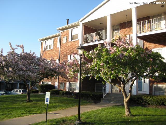Park Hill and Park Lane Apartment Homes, Menands, NY, 12204: Photo 31