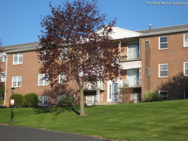 Park Hill and Park Lane Apartment Homes, Menands, NY, 12204: Photo 33