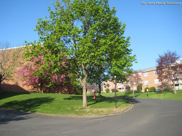 Park Hill and Park Lane Apartment Homes, Menands, NY, 12204: Photo 36