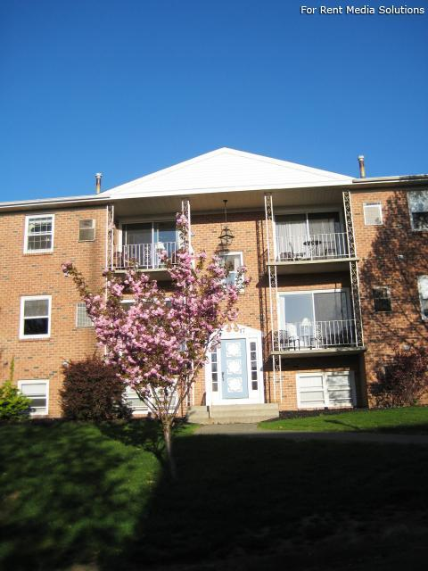 Park Hill and Park Lane Apartment Homes, Menands, NY, 12204: Photo 37
