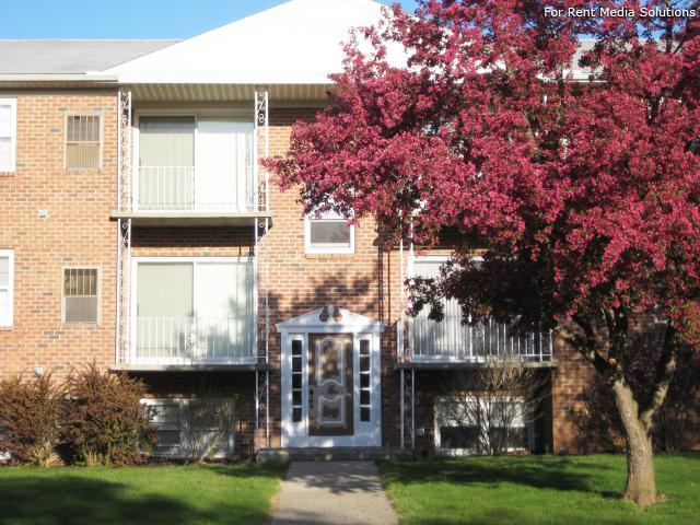 Park Hill and Park Lane Apartment Homes, Menands, NY, 12204: Photo 38