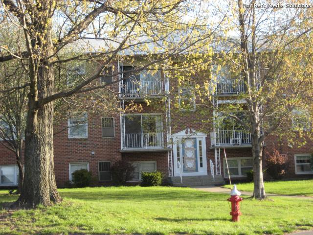 Park Hill and Park Lane Apartment Homes, Menands, NY, 12204: Photo 39