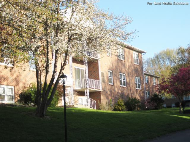 Park Hill and Park Lane Apartment Homes, Menands, NY, 12204: Photo 41