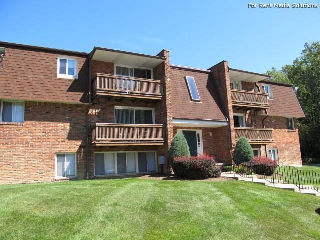 Raintree Island, Tonawanda, NY, 14150: Photo 4