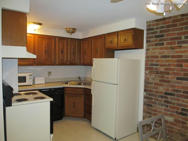 Raintree Island, Tonawanda, NY, 14150: Photo 20