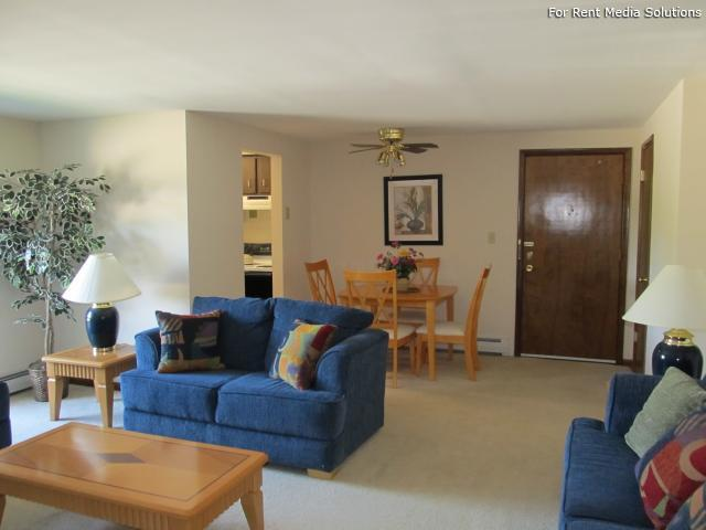 Raintree Island, Tonawanda, NY, 14150: Photo 33